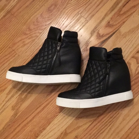 Steve Madden Quilted Leather Wedge
